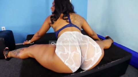 Rocaholix - July 2017 Blue Bra White Panties Preview Video