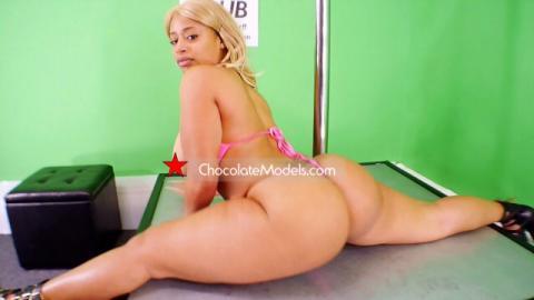 Nikki cash bikini
