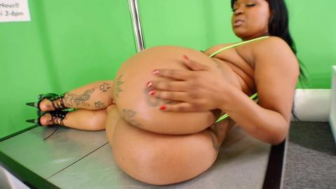 Diamond Monroe Chocolate Models Full Video - December 2014