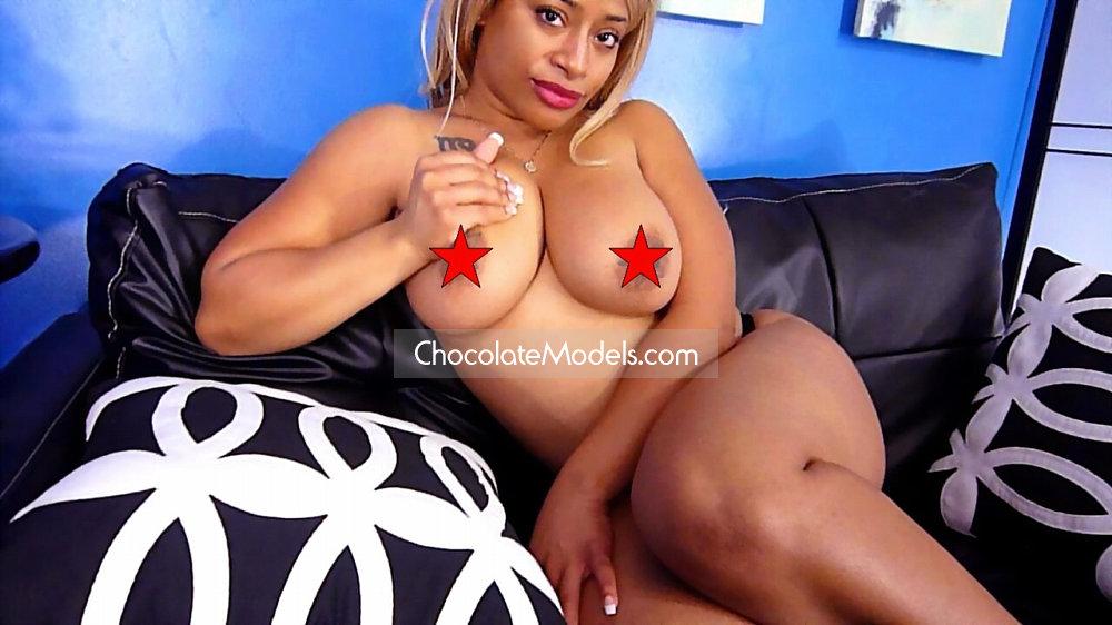 Nikki nadia nude